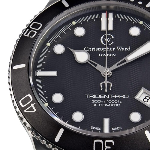 blacktrident 1 4 thumb Christopher Ward C60 Bond Review